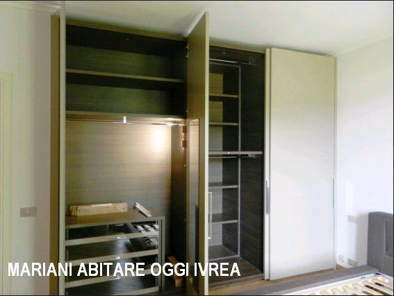realizzazione armadio con doppia profondita' | mobili mariani