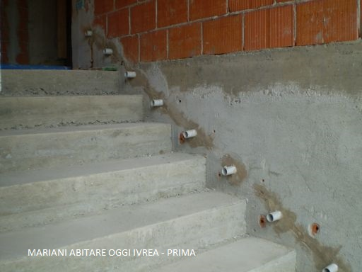 Realizzazione scala interna mobili mariani for Segnapasso led per scale interne