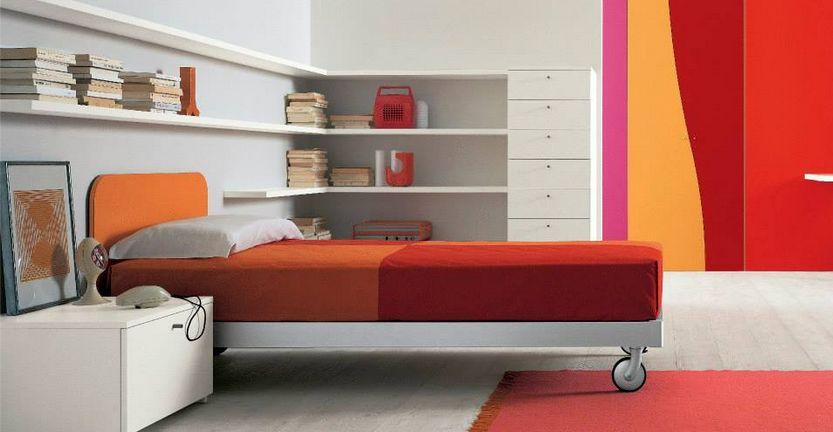 De rosso camera ragazzi mobili mariani for De zelis arredamenti