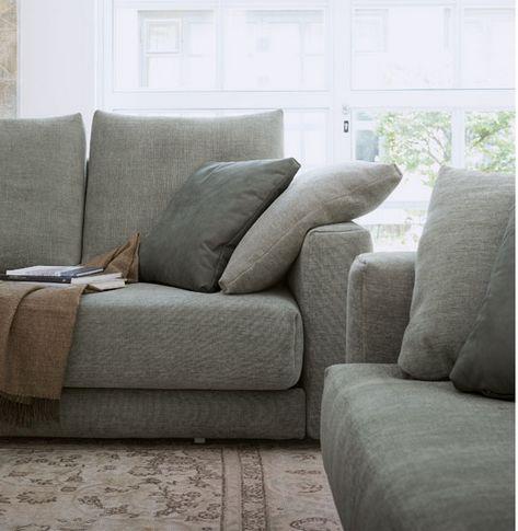 Flou piazza duomo divano letto mobili mariani for Divano letto 1 piazza