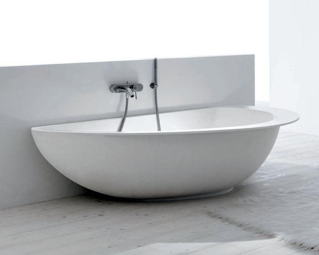 Vasca Da Bagno White : Guinness world records vasca da bagno rm clip in