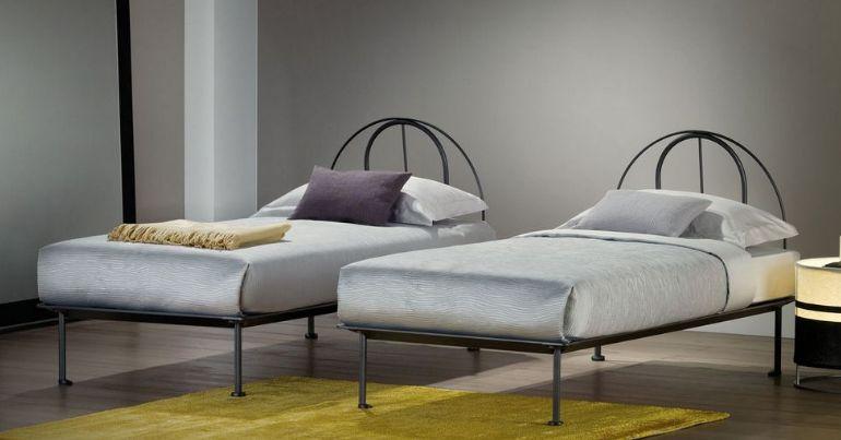 Flou letto singolo tappeto volante mobili mariani - Letto singolo lunghezza 210 ...